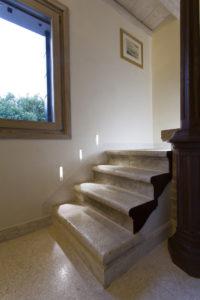 Come illuminare le scale istruzioni per l 39 uso blog - Illuminazione scala interna ...